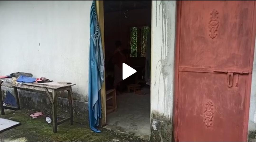 Screenshot 20210715 193329 WhatsApp মানসিক অবসাদগ্রস্ত হয়ে গলায় দড়ি দিয়ে ফাঁস লাগিয়ে আত্মহত্যা করলেন এক বৃদ্ধা